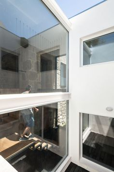 JA House. Architects: Filipe Pina, Maria Ines Costa. Location: Guarda, Region of Beira Interior Norte, Portugal, Photographs: João Morgado. Year: 2014.