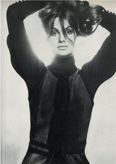 Jean Shrimpton by David Bailey, Nov. 1970, Vogue UK.