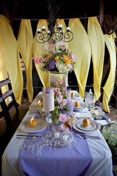 lavender and yellow table decor