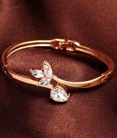 Flowerbuds Crystal Bracelet #elegance #bracelets #festivefeel