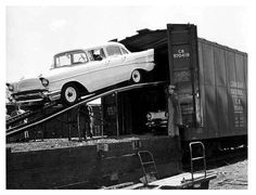 57 Chevy coming off the train car transport. Would love to find an old rail car full of these in mint condition. 1957 Chevy Bel Air, Chevrolet Bel Air, Vintage Cars, Antique Cars, Vintage Trains, Train Pictures, Car Pictures, Car Carrier, Rail Car