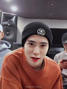 Nct 127, Jaehyun Nct, Valentines For Boys, Jung Yoon, Jung Jaehyun, Boys Like, My Little Baby, Winwin, Kpop Boy