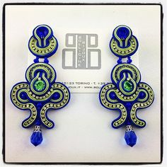 Soutache Soutache Earrings, Shibori, Statement Jewelry, Beaded Embroidery, Beaded Jewelry, Projects To Try, Arts And Crafts, Jewelry Design, The Incredibles