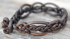 leather jewelry leather bracelet 1024x583 Leather Jewelry Help You Grab Attention Wherever You Go