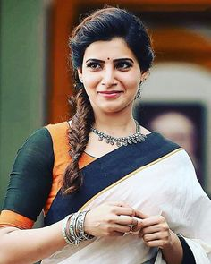 Samantha Ruth Prabhu look so stunning in the saree South Actress, South Indian Actress, Beautiful Indian Actress, Beautiful Actresses, Beautiful Saree, Beautiful Bollywood Actress, Samantha In Saree, Samantha Ruth, Actor