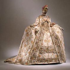 1751 Court Dress I'm inspired by the decorations on this court dress. It gives me a feeling that the dress is made of flowers.