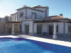 Portugal - This superbly priced 3 bed villa on the Algarve has been reduced by a whopping £430,000 to just £365,000. Located in Sao Bras de Alportel, a popular village north of Faro it benefits from underfloor heating, electric video operated gates and a private pool. Marketed by Buy Portugal. Visit aplaceinthesun.com