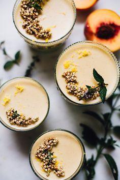vegan vanilla peach panna cotta | recipe via http://willfrolicforfood.com