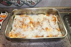 Cannelloni! Totally homemade (with fresh pasta, besciamella sauce, Bolognese sauce). Come to learn how to make the real Cannelloni! MAMA ISA'S COOKING CLASS in VENICE area (PADOVA - ITALY). MAMA ISA'S WEBSITE http://isacookinpadua.altervista.org FANPAGE http://www.facebook.com/cookingclassesvenice