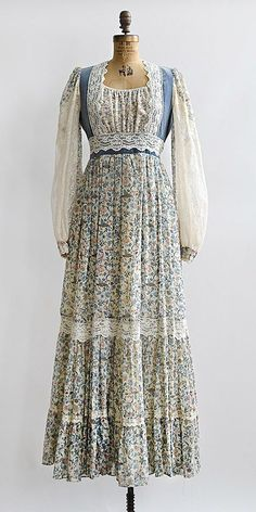 vintage gunne sax blue floral boho dress - Click Image to Close 70s Inspired Fashion, 60s And 70s Fashion, Boho Fashion, Vintage Fashion, Vintage Outfits, Vintage Inspired Outfits, Vintage Dresses, Vintage Clothing, 1970 Style