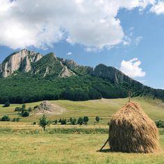 Rimetea, Transylvania  #romania #europe Transylvania Romania, Short Trip, The Outsiders, Europe, Mountains, City, Instagram Posts, Travel, Outdoor