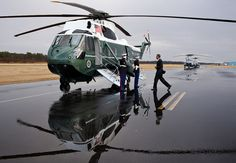 Mr. Obama has such a nice helicopter. What a great shot; radiates the power of the office.