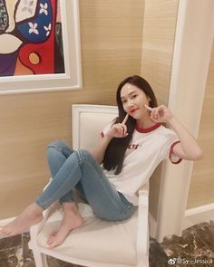 """28 mentions J'aime, 11 commentaires - JESSICA JUNG 제시카 정  (@jessijng) sur Instagram: """"Perfection is our queen's middle nameu ☺️ •~• 
