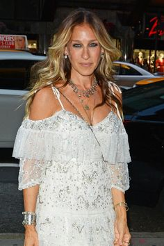 Sarah Jessica Parker has the waves to echo her ruffled dress.