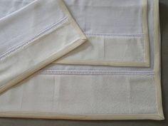 Conjunto+de+3+fraldas,+1+grande+70x70cm+e+duas+pequenas+de+35x35cm,+100%+algodão,+fralda+dupla,+acabamento+em+viés+de+algodão. R$ 51,70