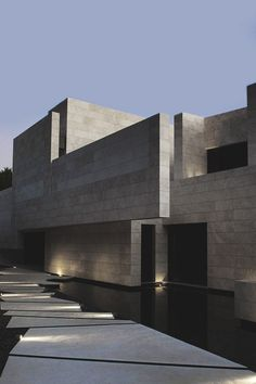 Modern architecture house design with minimalist style and luxury exterior and interior and using the perfect lighting style is inspiration for villas mansions penthouses Concrete Architecture, Modern Architecture House, Beautiful Architecture, Residential Architecture, Interior Architecture, Modern Exterior, Exterior Design, Facade House, Home Interior