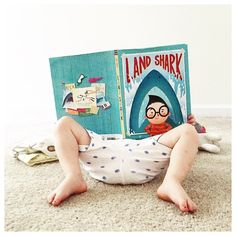 Moving day when you are two-years-old is way better than when you are a grown-up. #janssenspicturebooks #janssensbookpals #picturebooks #books #kidlit #moving