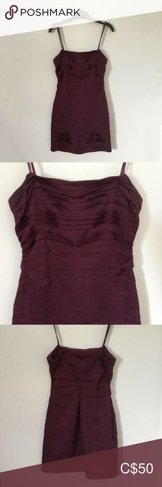 BCBG MaxAzria Burgundy Strapless Bodycon Dress This burgundy bodycon style dress is in great condition and the perfect go-to for any event. Strapless dress with back zip and has stretch to the fabric that is ideal to show off your body :) Size 4 BCBGMaxAzria Dresses Strapless Bodycon Style, Bodycon Fashion, Fashion Dresses, Bodycon Dress, Plus Fashion, Fashion Tips, Fashion Trends, Bcbgmaxazria Dresses, Body Size