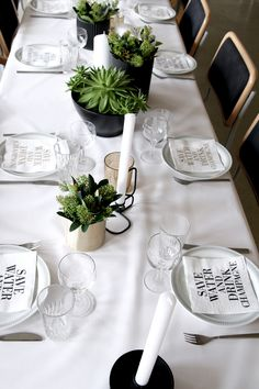 Table-Setting and flowers.