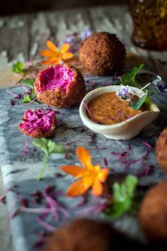 Beetroot & goat cheese croquettes with salmorejo - HeNeedsFood Unique Recipes, Vegan Recipes Easy, Raw Food Recipes, Veggie Recipes, Vegan Food, Tapas, Beet And Goat Cheese, Healthy Menu, Lebanese Recipes