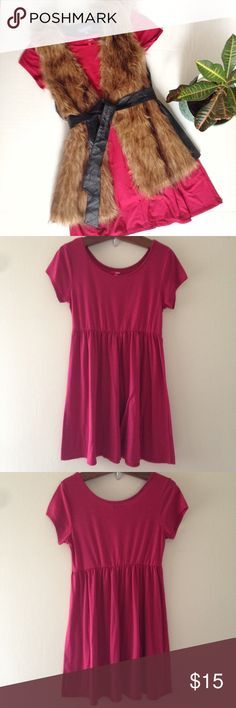 Short Sleeve Babydoll Dress Short sleeve Babydoll dress from Bongo. Size: L (juniors). Color: Red. Great basic for any season. Elastic waist and relaxed fit. Approx length is 35 inches. Faux fur vest is also available. BONGO Dresses