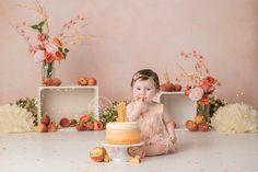 Peach Cake Smash - › kids - first birthday cake-Erster Geburtstagskuchen Baby Cake Smash, 1st Birthday Cake Smash, Baby Girl First Birthday, Fall Birthday Parties, Birthday Ideas, Birthday Wishes, Bebe 1 An, Peach Party, Photo Deco
