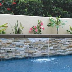 backyard remodel Stacked stone veneer panels, ledger stone veneer panels project , which used in project of residential house or commercial building projects. Backyard Pool Designs, Small Backyard Landscaping, Pool Backyard, Pool Fence, Landscaping Ideas, Swimming Pool Tiles, Swimming Pool Designs, Kleiner Pool Design, Moderne Pools