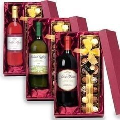 Wine Gift Boxes, Wine Gift Baskets, Wine Gifts, Christmas Gift Baskets, Diy Christmas Gifts, Valentine Gifts, Vino Y Chocolate, Chocolate Gifts, Personalised Gift Shop