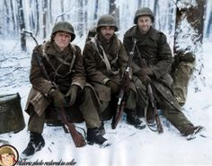 3 GI's rest in the Ardennes forests Dec. Ww2 History, Military History, Man Of War, Ardennes, Us Marines, Vietnam Veterans, Military Veterans, American Soldiers, Us Army