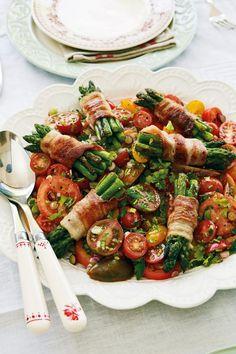 Crumble of fish and tomatoes - Healthy Food Mom Food N, Food And Drink, Salad Recipes, Healthy Recipes, Danish Food, Food Crush, Lchf, Food Inspiration, Love Food