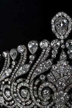 A close up of the diamond tiara from the previous two pins, a gorgeous piece.