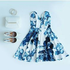Lulus blue floral dress outfit