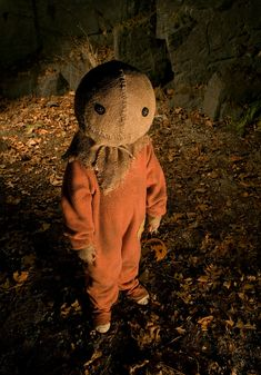 """Pictures and Legendary Pictures' horror thriller """"Trick 'r Treat,"""" distributed by Warner Bros. Halloween Circus, Halloween Movies, Halloween Horror, Scary Movies, Fall Halloween, Horror Movies, Happy Halloween, Halloween Costumes, Horror Art"""
