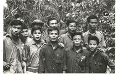 April 3 - 15, 1967     The 9th Infantry Division with 2/39 Inf, 2/47 Inf (M) and 3/5 Cav joins 5 and 6RAR to begin Operation PORTSEA between Binh Gia and Xuyen Moc in Phuoc Tuy Province to disrupt VC supply lines. Enemy losses are 44 killed.    (A rare picture of Viet Cong soldiers of the D445 Provincial Mobile Battalion who operated mainly in Phuoc Tuy Province)  __________________