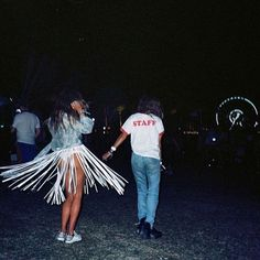 What does the CAMP girl wear to Coachella? www.THECAMPBLOG.com | #thecampblog #campcollection