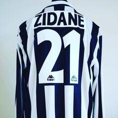 8b2995d8274 1996-97 Juventus Home Football Shirt Adult XL ZIDANE  21 L S -
