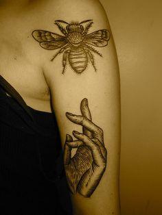 bee tattoo, hand tattoo