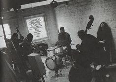 Ornette Coleman (t), David Izenzon (b), Charlie Haden (b), Edward Blackwell (d) and Yoko Ono.