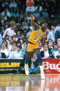 "Magic Johnson - During the he was the conductor of the L.A, Lakers ""Showtime"" offense. Basketball Legends, Sports Basketball, Basketball Players, Basketball Skills, Basketball Jones, Basketball History, Magic Johnson, Nba Stars, Sports Stars"