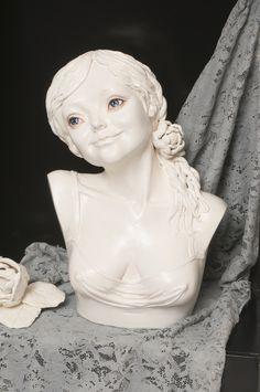 Still Life. Captured Gaze by Zhanna Martin Contemporary Artwork, Contemporary Artists, Still Life, Sculptures, Ceramics, Statue, Figurative, Ceramica, Pottery