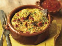 Tortilla-Frittata und mexikanischer Salsa ist ein Rezept mit frischen Zutaten aus der Kategorie Salsa. Probieren Sie dieses und weitere Rezepte von EAT SMARTER!