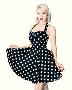 Black & White Vintage Inspired Polka Dot Halter Dress Pin up Rockabilly Mode, Rockabilly Fashion, 1950s Fashion, Vintage Fashion, Plus Size Vintage, 50s Vintage, Vintage Mode, Vintage Hair, Vintage Style