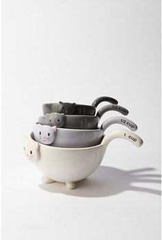 Cat Measuring Cup Set: $24 #Measuring_Cups #Cat_measuring_Cups - by Repinly.com