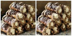 V dnešním článku Vám ukážeme jeden úžasný recept na ořechové trubičky se šlehačkou a čokoládou. Nemusíte je dělat pouze na vánoce. Tyto trubičky se perfektně hodí na rodinné oslavy. Jejich příprava… Christmas Baking, Christmas Cookies, Marijuana Recipes, Desert Recipes, Mini Cakes, Caramel Apples, Sweet Recipes, Holiday Recipes, Cookie Recipes