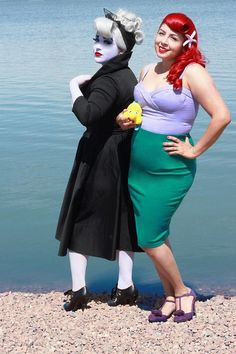 Okay, this is adorable! It's a vintage style take on Ursula and Ariel!