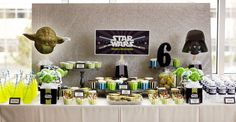In love with Star Wars? Have an upcoming birthday, check our out Out of This World Star Wars Birthday Party for your next event. Star Wars Party, Theme Star Wars, Aniversario Star Wars, Carton Invitation, Star Wars Birthday, 6th Birthday Parties, Birthday Ideas, 40th Birthday, Dessert Table