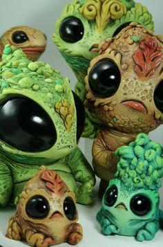 Monster Sculptures by Chris Ryniak. Weird Creatures, Magical Creatures, Fantasy Creatures, Clay Monsters, Little Monsters, 3d Figures, Dragons, Arte Horror, Creepy Dolls