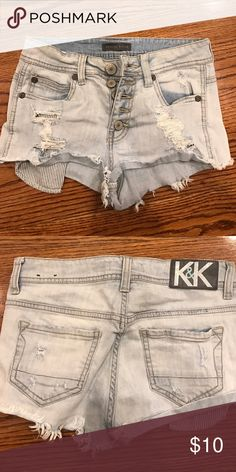Kendall and Kylie denim shorts Used denim shorts size 1 Kendall & Kylie Shorts Jean Shorts