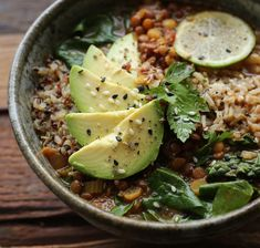 Lentil-Quinoa Soup Bowl – PETIT WORLD CITIZEN Blue Zones Recipes, Zone Recipes, Cooking Recipes, Clean Eating Menu, Clean Eating Recipes, Healthy Eating, Healthy Food, Grain Foods, Foods With Gluten
