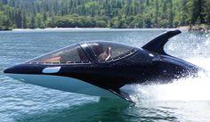 Submarino se disfarça de baleia-assassina